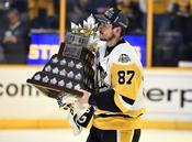 Crosby ของ Penguins ได้รับรางวัล Conn Smythe Trophy เป็น MVP เพลย์ออฟ