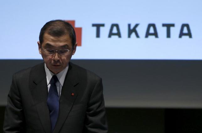 6月12日、エアバッグ部品の大量リコール(回収・無償修理)問題に揺れるタカタは、今月27日に開く株主総会の招集通知を公表。そのなかで、高田重久会長兼社長(写真)の再任を含む取締役6人の選任を議案として提案した。2015年11月撮影(2017年 ロイター/Issei Kato)