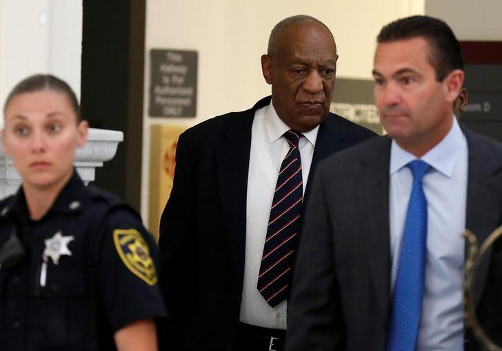 Actor and comedian Bill Cosby arrives at his trial for sexual assault at the Montgomery County Courthouse in Norristown, Pennsylvania, U.S. June 12, 2017.  REUTERS/David Maialetti/Pool