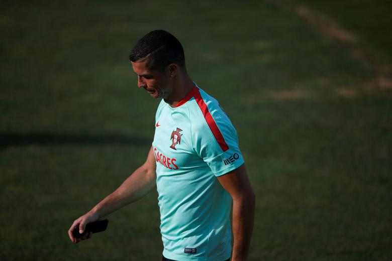 Soccer Football - Portugal training session - 2017 Confederations Cup - Oeiras, Portugal - 12/06/17 - Portugal's national soccer team player Cristiano Ronaldo attends a training session. REUTERS/Rafael Marchante