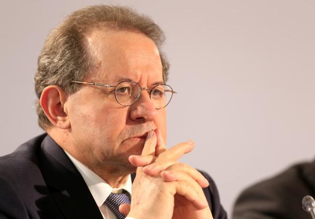 6月14日、欧州中央銀行(ECB)のコンスタンシオ副総裁(写真)は14日、スペインで最近起きた銀行セクターの混乱はバンコ・ポピュラールが突如資金繰り難に陥ったことに関連しており、同国の金融安定性全般への懸念はないとの認識を示した。エストニアのタリンで8日撮影(2017年 ロイター/Ints Kalnins)