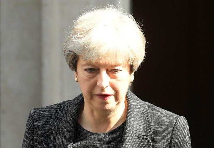 2017年6月15日,英国伦敦,英国首相特雷莎·梅走出首相府。REUTERS/Toby Melville