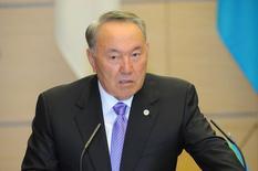 Нурсултан Назарбаев. Президент Казахстана Нурсултан Назарбаев ожидает, что рост крупнейшей центральноазиатской экономики в 2017 году может достичь 4 процентов. REUTERS/David Mareuil/Pool