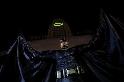 Bat-Signal honors Adam West in Los Angeles