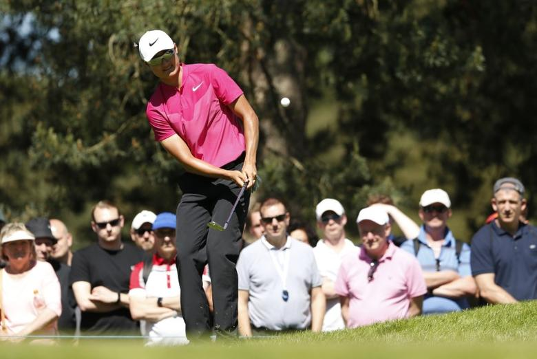 Britain Golf - BMW PGA Championship - Wentworth Club, Virginia Water, Surrey, England - 26/5/17 China's Haotong Li during the second round Action Images via Reuters / Andrew Boyers Livepic