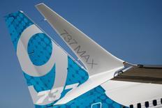 Boeing a dévoilé lundi le 737 MAX 10, nouvelle version de 230 sièges de son monocouloir, pour lequel il dit avoir reçu plus de 240 commandes et engagements de la part d'une dizaine de clients. /Photo prise le 17 juin 2017/REUTERS/Pascal Rossignol