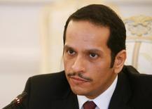 صورة من أرشيف رويترز لوزير الخارجية القطري الشيخ محمد بن عبد الرحمن آل ثاني يتحدث في موسكو.
