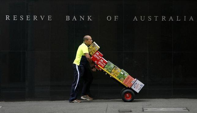 6月20日、オーストラリア準備銀行(中央銀行、RBA)は6月の理事会の議事要旨を公表した。2009年10月撮影(2017年 ロイター/Daniel Munoz)