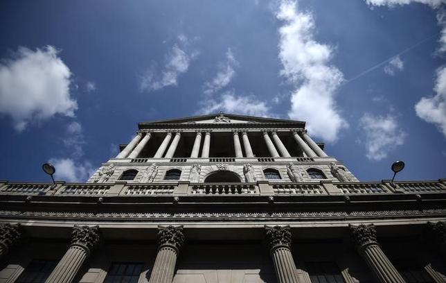 6月21日、イングランド銀行(英中央銀行、写真)のハルデーン理事は、自身が今年下半期の利上げを支持する公算が大きいとの認識を示した。ロンドンで4月撮影(2017年 ロイター/Hannah McKay)