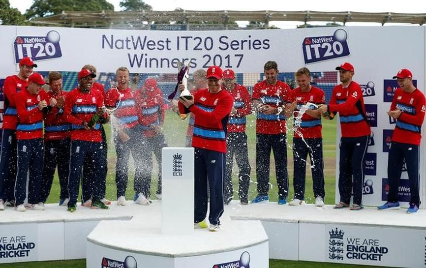 UPDATE 1-Cricket-Malan leads England to series win over South Africa