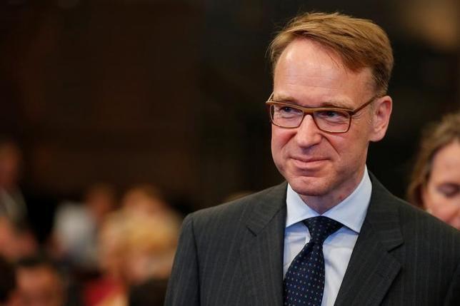 6月29日、ドイツ連銀のワイトマン総裁は、イタリアが独自の方法で地銀2行の破綻処理を行ったことを念頭に、ユーロ加盟国は決定権を手放したがらないと批判した。写真はベルリンで13日撮影(2017年 ロイター/Axel Schmidt)