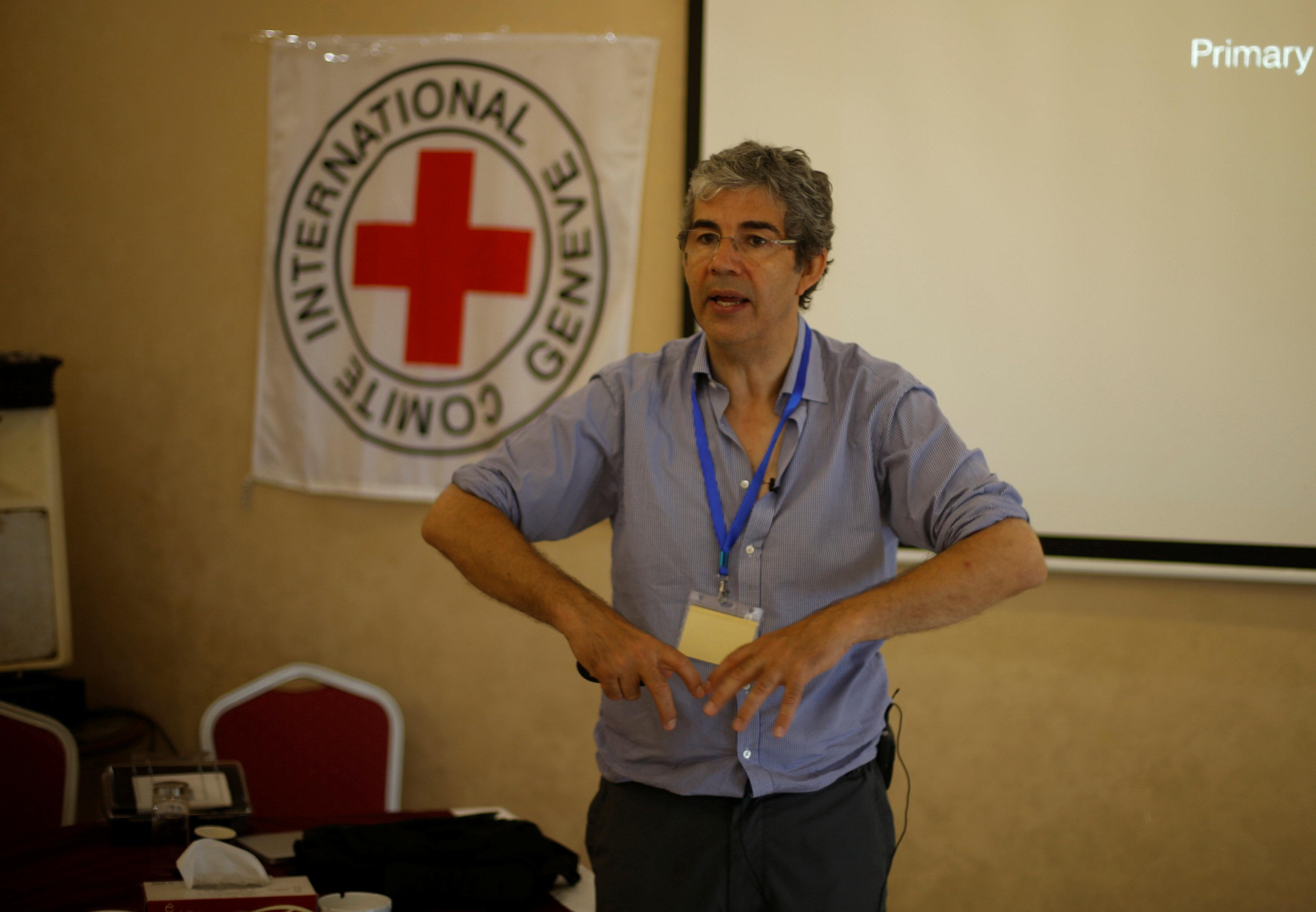 British war surgeon Nott returns to Gaza to train doctors