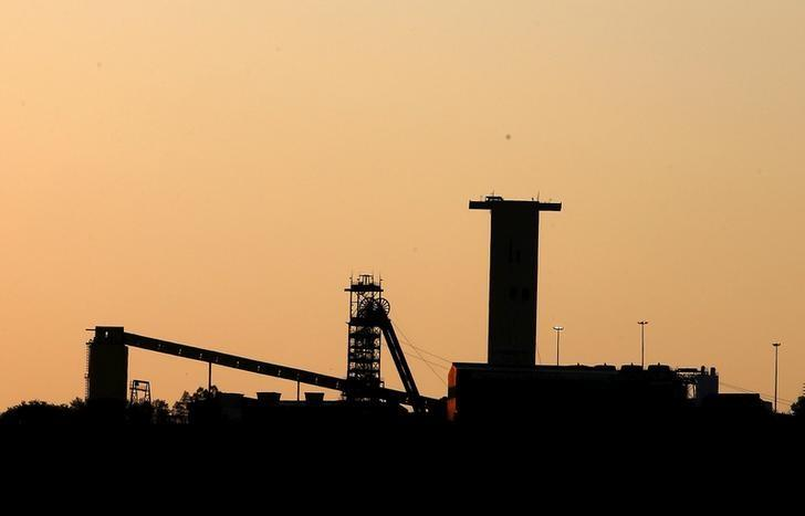 South africa puts new mining charter on hold chamber of for Chamber of mines