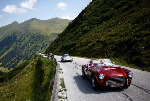 Classic car rally in Austrian Alps