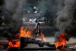 Strike paralyzes Venezuela