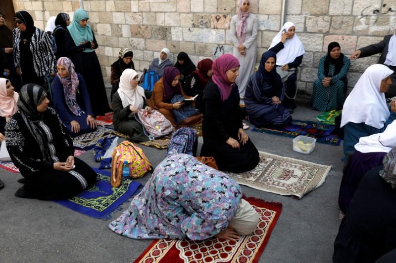 Jew Detector: Israel Removes Jerusalem Metal Detectors, Palestinians