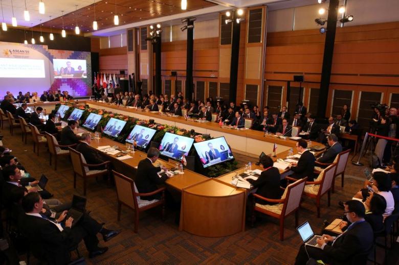 Australia, Japan, U S  call for South China Sea code to be