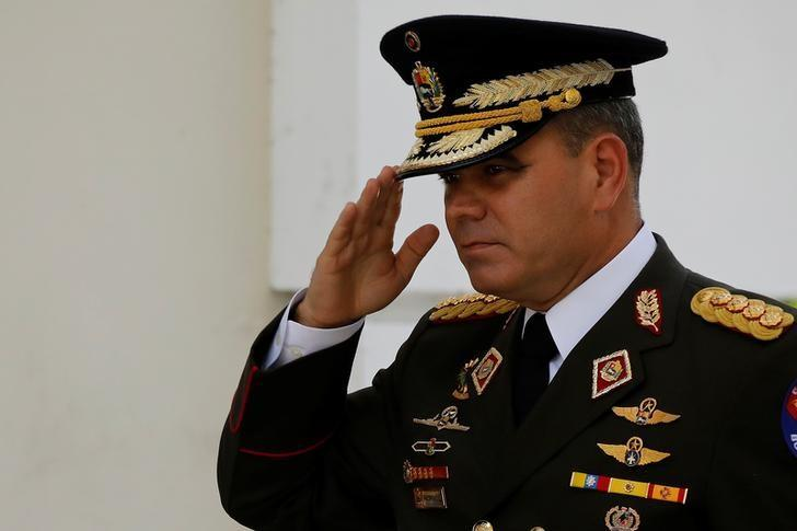 Venezuela defense chief calls Trump intervention threat 'crazy'