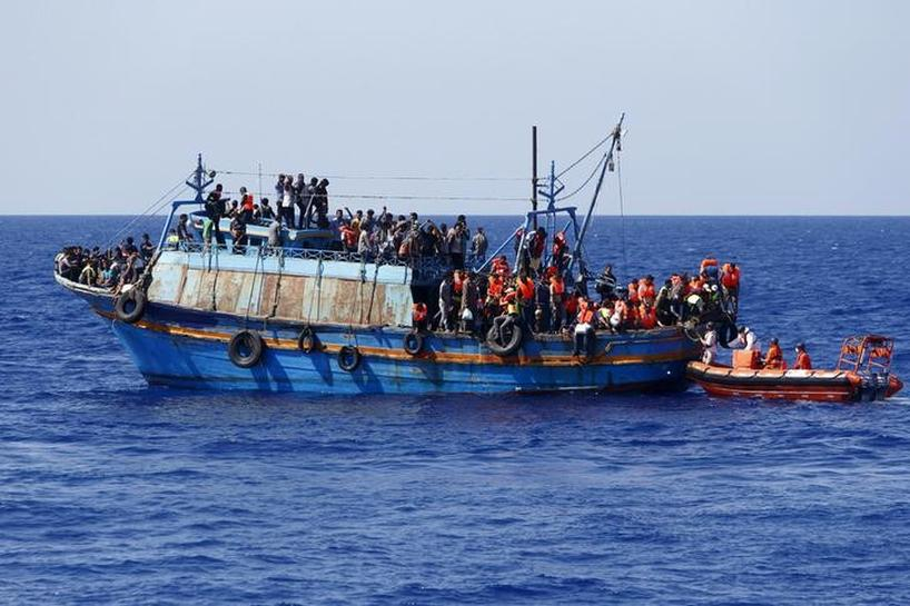 More NGOs follow MSF in suspending Mediterranean migrant rescues