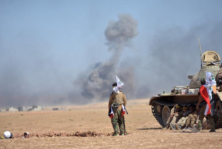 Iraqi forces surround Islamic State