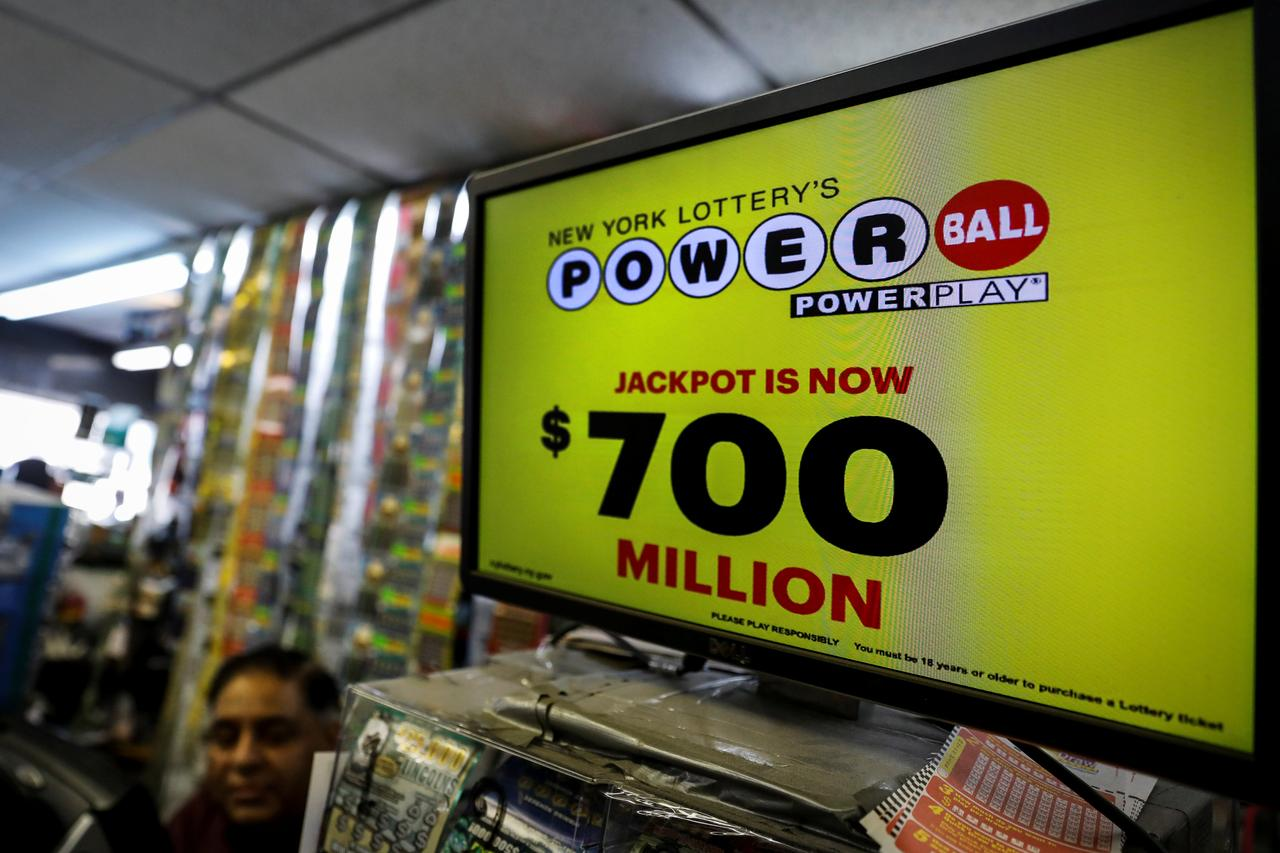 Winning numbers drawn for $700-million Powerball lottery