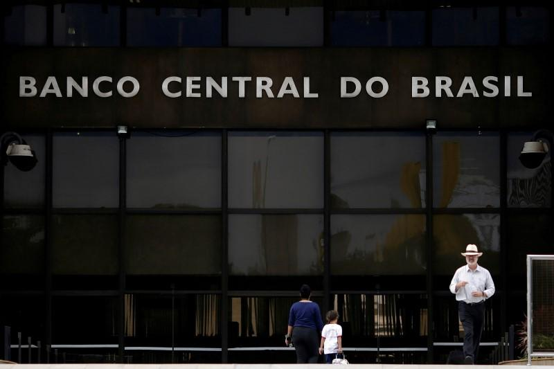 Brazil proposes new rules for fintechs, peer-to-peer lending