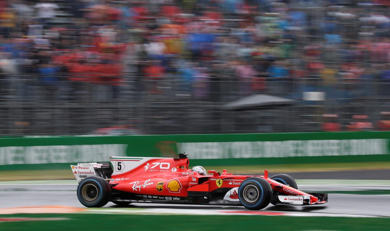 Ferrari continue with tobacco sponsor | Reuters