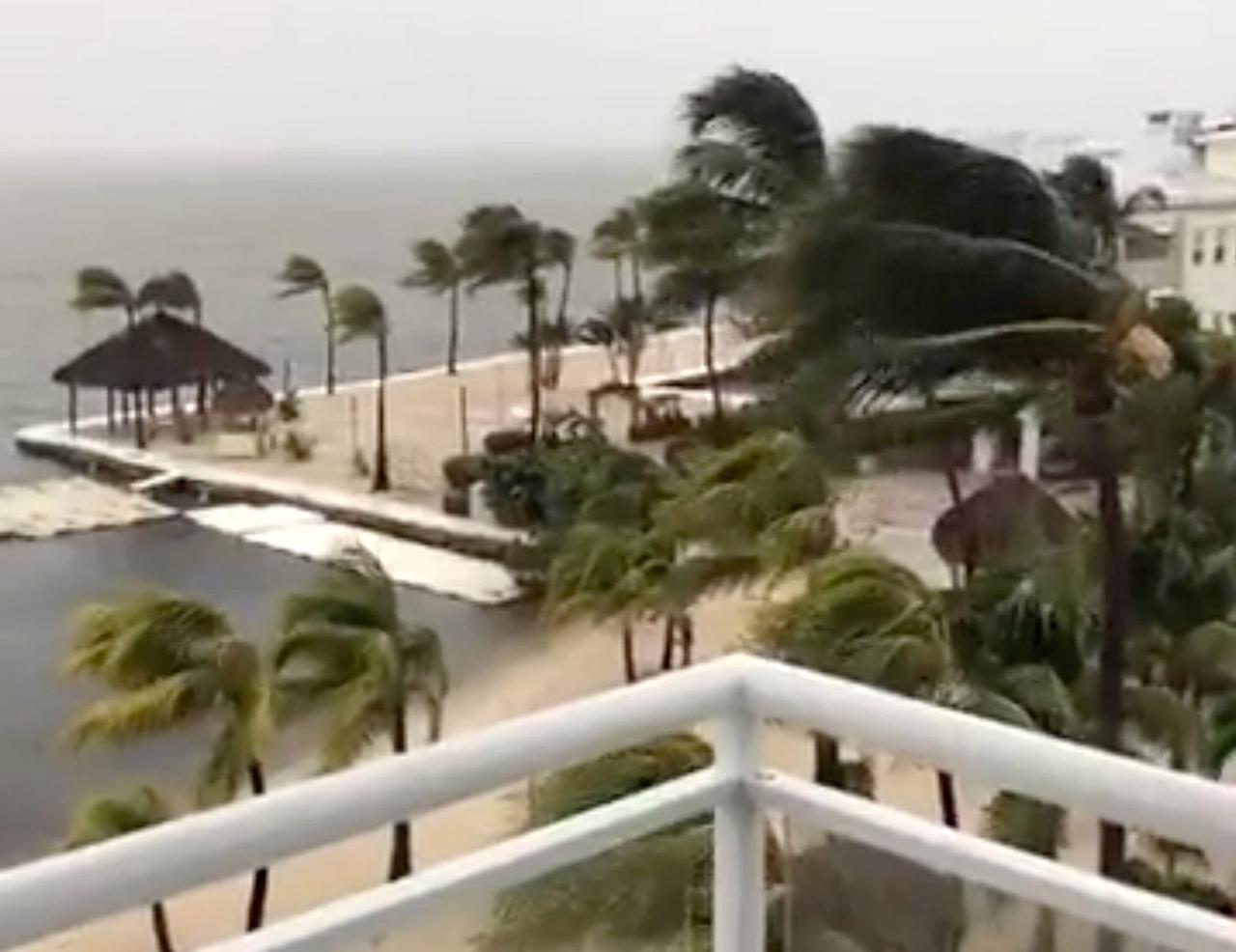 Irma makes landfall at Cudjoe Key in lower Florida Keys