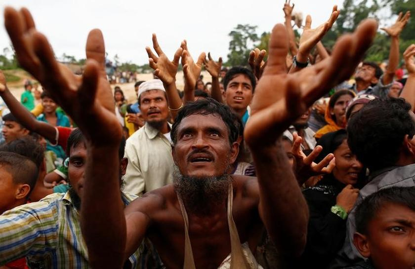 62cdc58061a Myanmar faces mounting pressure over Rohingya refugee exodus (6.40 20)