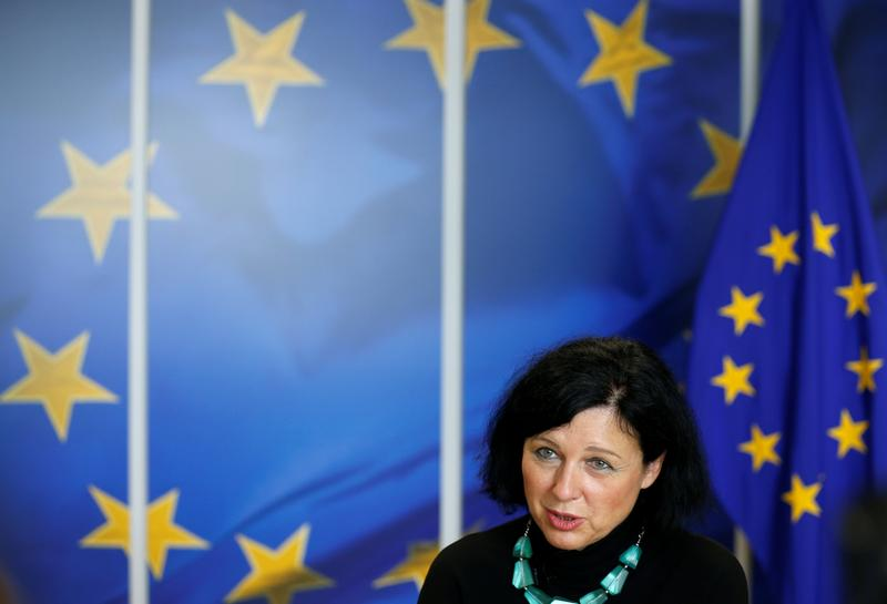 EU-US data pact faces first major test of credibility