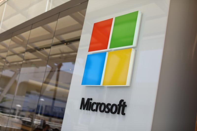 Microsoft makes Teams primary teamwork hub, replacing Skype for