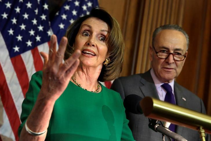 """民主党人排除特朗普提出的边境墙融资请求,帮助""""梦想家"""""""