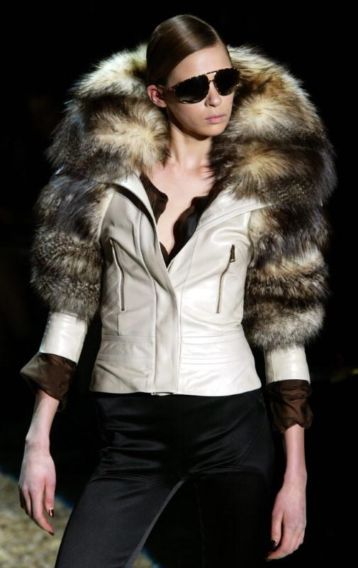 89c28f14c Italian fashion house Gucci to stop using fur - Reuters