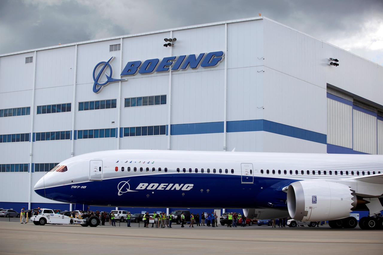 Singapore airlines to finalize 138 billion boeing order next week file photo the new boeing 787 10 dreamliner taxis past the final assembly building at boeing south carolina in north charleston south carolina sciox Images