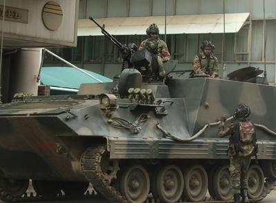 Army takes control in Zimbabwe