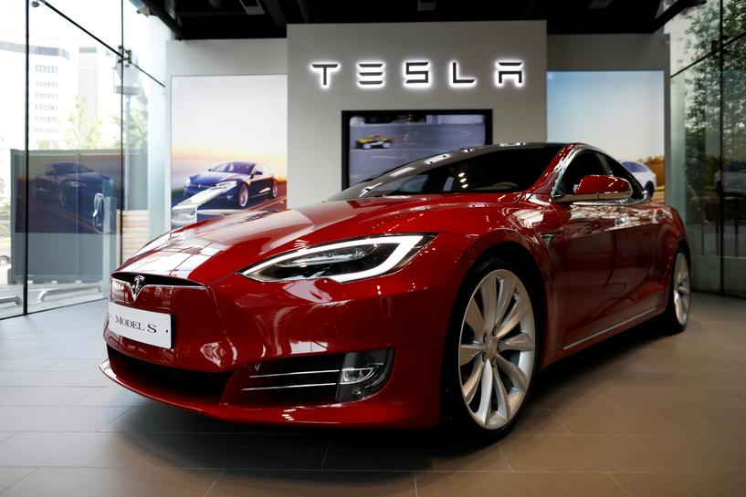 Build Fast, Fix Later: Speed Hurts Quality at Tesla, Some Workers Say