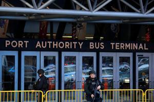 Explosion rocks New York's Port Authority