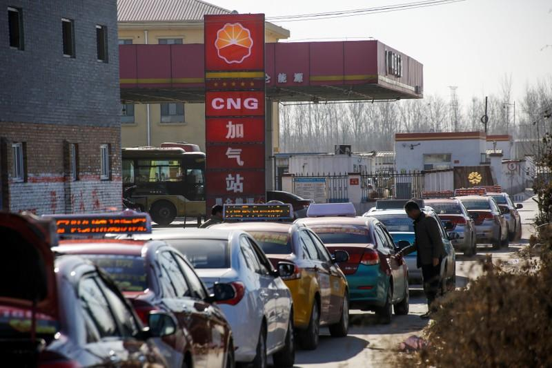 As China gas crisis deepens, factories, homes lose supply