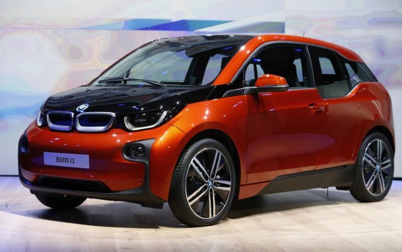 Bmw Electric Cars Hit 100 000 Sales Target Reuters