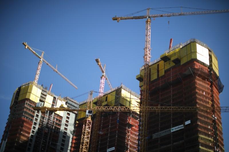 Hasil gambar untuk U.S. factory, construction data brighten economic outlook