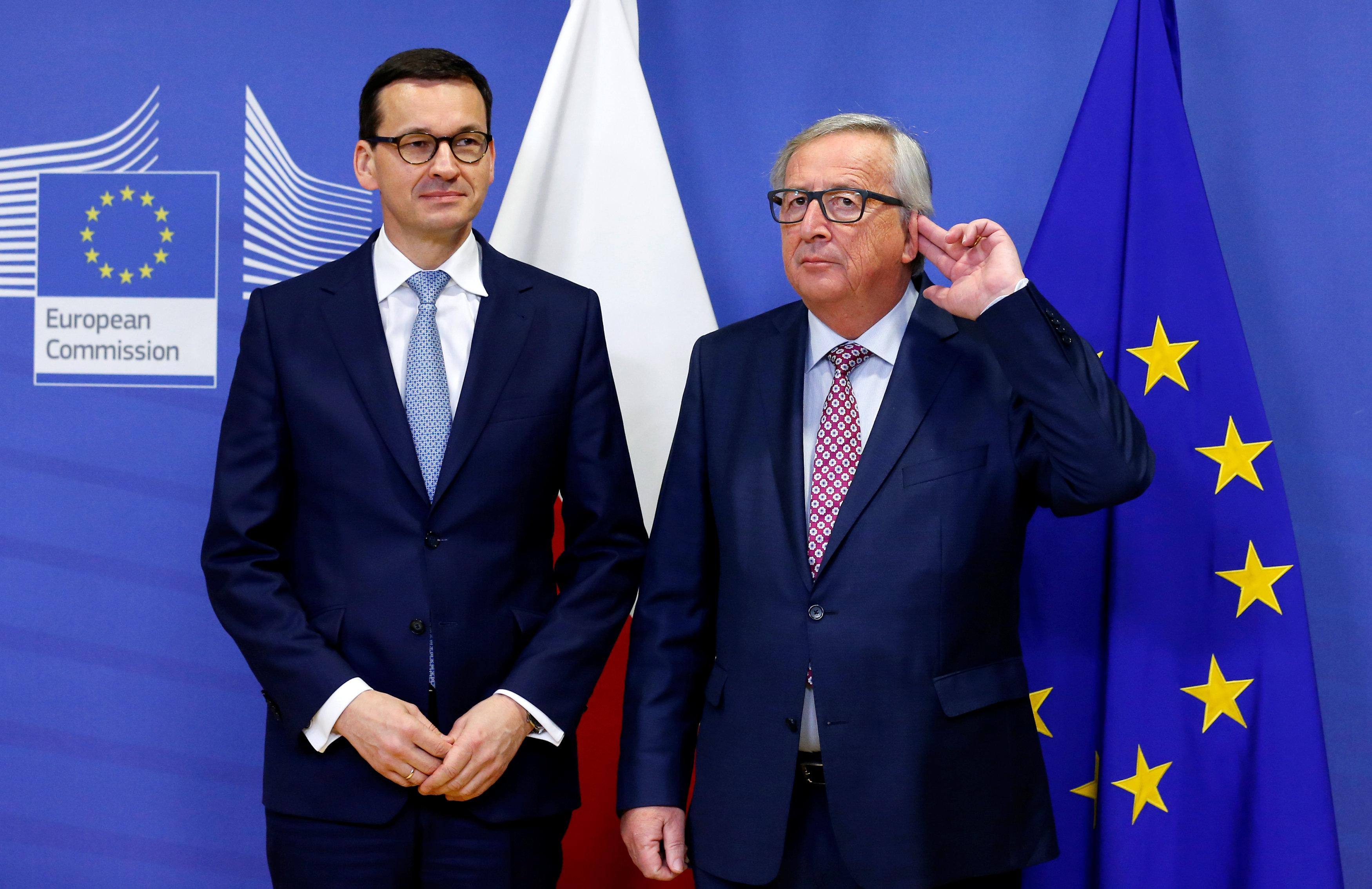 Polish PM seeks new opening with EU but sticks to courts overhaul