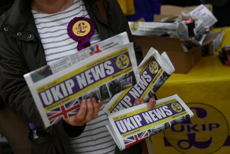 UKIP descends into chaos over fate of leader and lover's text messages