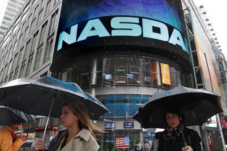 U.S. product lets investors triple bet on popular tech stocks