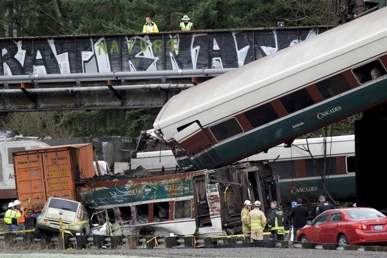 Amtrak engineer misread signal before fatal crash near Seattle: U S