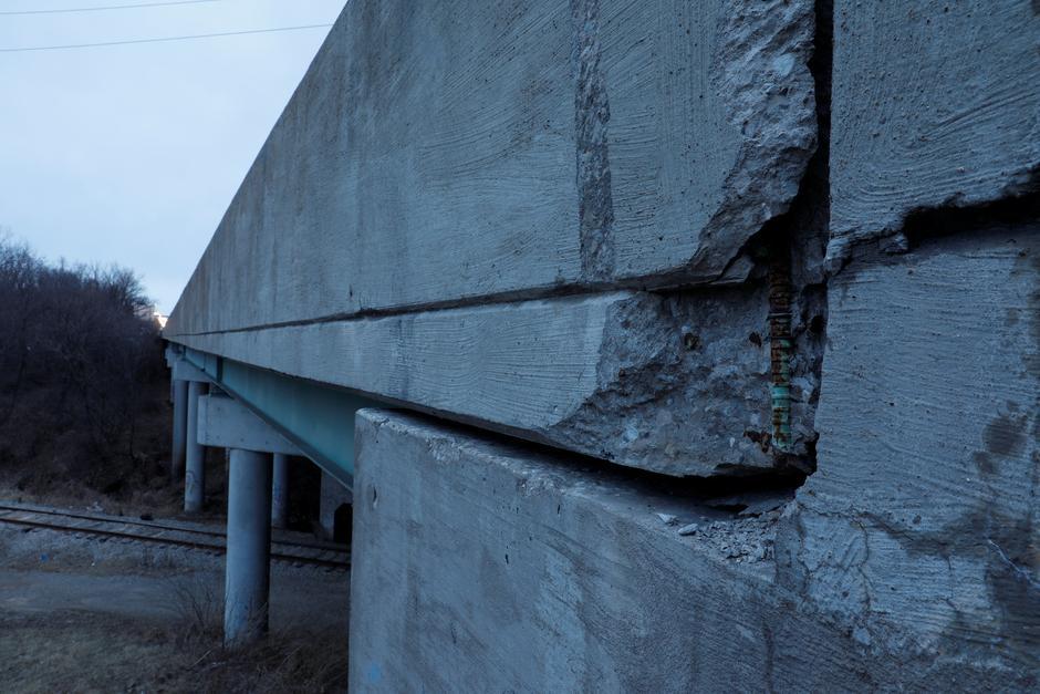 crumbling bridges fret not america it s not that bad reuters