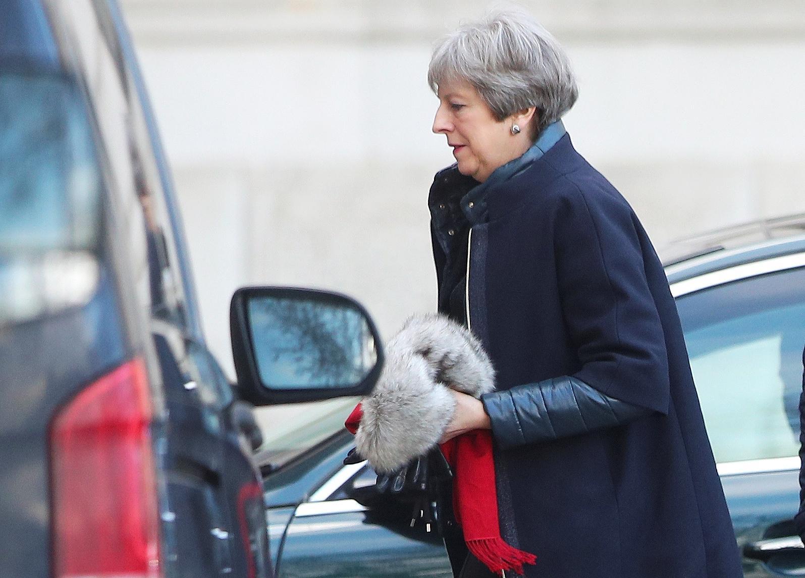Ο πρωθυπουργός του Ηνωμένου Βασιλείου May λέει υπερήφανος για το βρετανικό σύστημα υγείας, απαντώντας στην κριτική του Trump