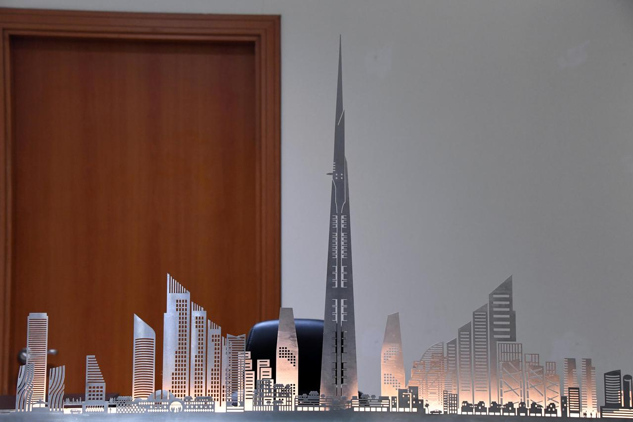 Building world's tallest tower going ahead after Saudi