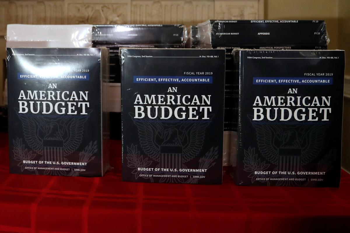 Trump budget plan to seek funds for border wall ...