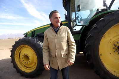 Romney announces Utah Senate bid
