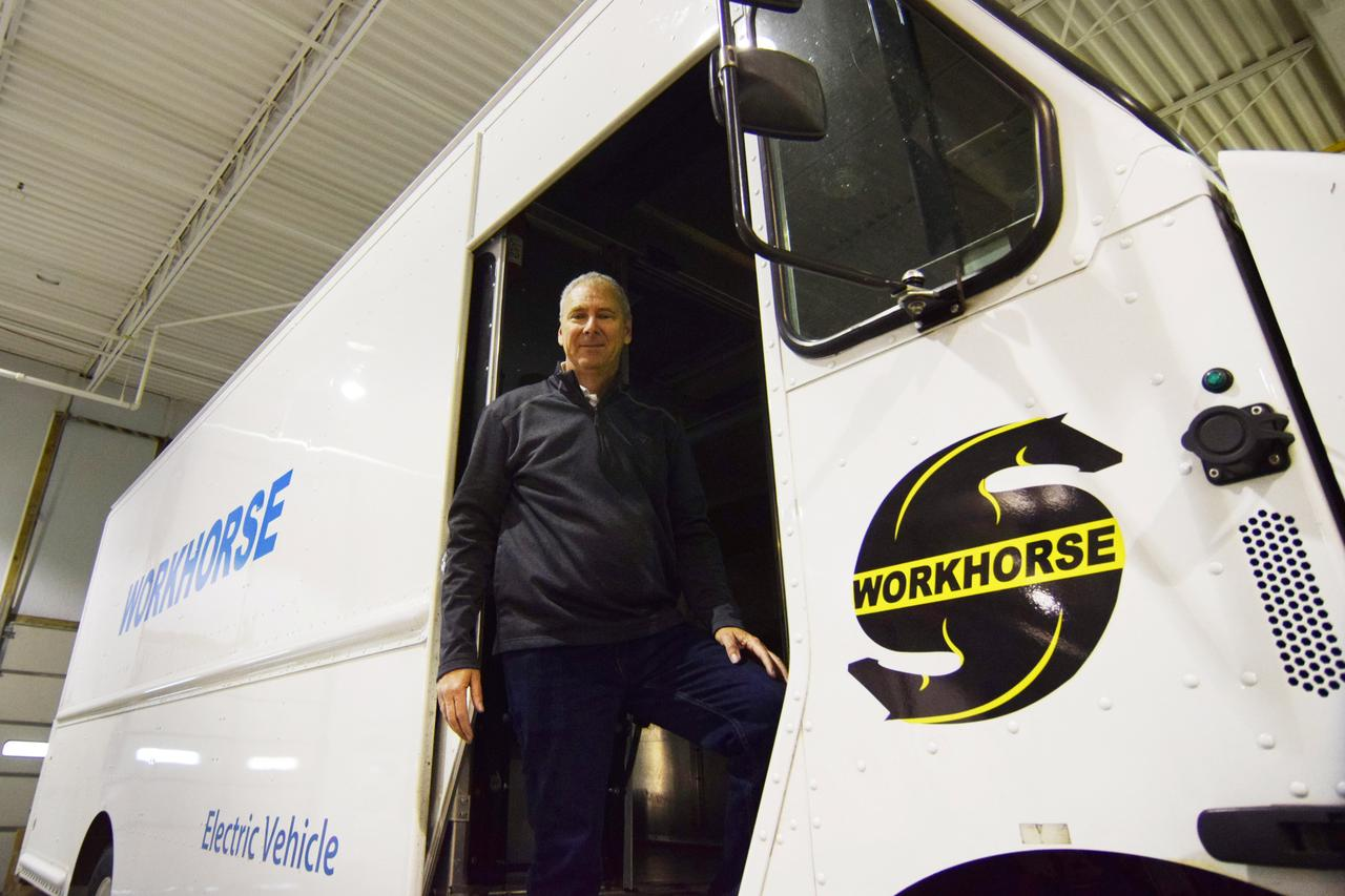 UPS partners with Workhorse to build electric delivery vans | Reuters